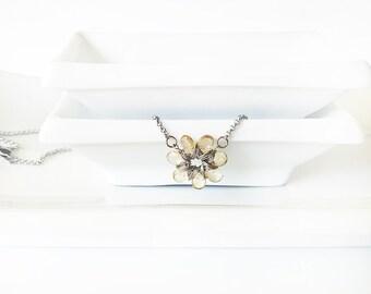 Wirewrap citrine necklace, citrine flower, sunflower necklace, yellow flower necklace, stainless steel chain, teardrop citrine stones