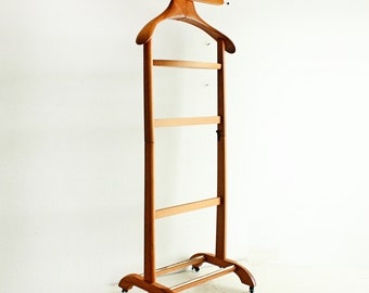 Vintage wood butler valet Italy - mens dressing stand - suit stand - suit holder - wood - suit hanger - made in Italy - real hardwood