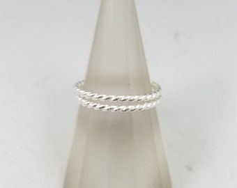 Twisted silver stacking rings (set of 2) - MADE TO ORDER