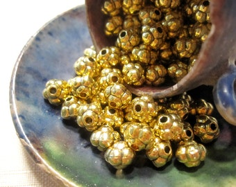 30% Off 20 pcs Antique Gold Rondelle Metal Beads 8x7mm Flower Design MB1038 A16