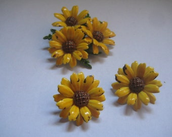 Brown Eyed Susans Tin Pin and Earrings Demi Parure from the 60s