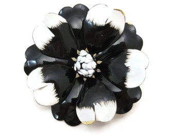 Enamel Flower Brooch - Daisy Retro Costume Jewelry Black and White