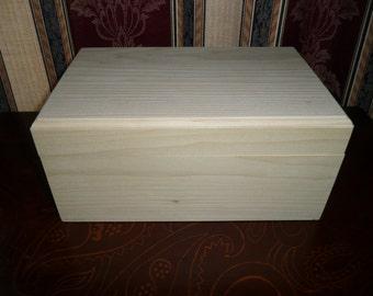 "Poplar wood box 11"" X 7"" X 5"""