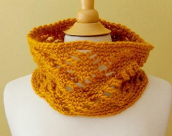 Crocheted Diamond Lace Neckwarmer. Yellow. Cowl.