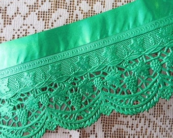 Green Foil Embossed Paper Lace 3 Inches Wide For Trimming Ornaments Or Shelves  120 Inches