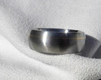 Titanium Ring with Offset Yellow Gold Pinstripe Inlay, Satin Finish