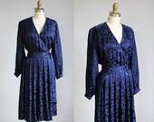 1980s midnight blue SILK wrap dress mid length / s