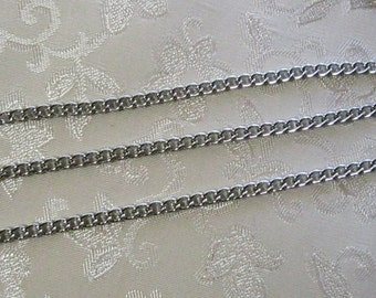 Clearance SALE Antique Silver Plated Twist Curb Chain 4mm x 5mm 361