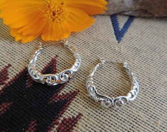 Vintage Sterling Silver Filigree Hoops Earrings