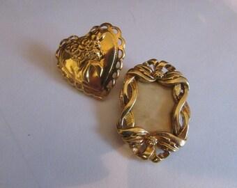 frame heart brooch