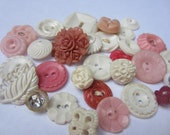 Vintage Buttons - Cottage chic mix of pink and white lot of 32 old and sweet(oct 127)