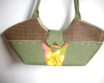 FREE SHIP CLEARANCE Demo Niza Handbag tropical rattan fabric with flower, studs, bamboo button-  BearlyArtDesigns