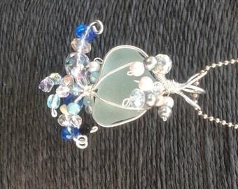 Aqua jellyfish sea glass necklace pendant- beach lover gift - sea glass jewelry - jellyfish jewelry