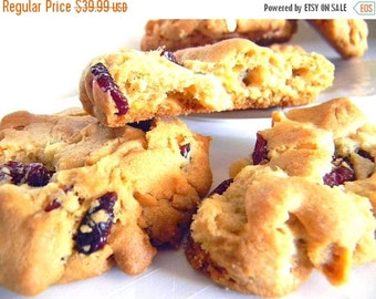 BIRTHDAY SALE White Chocolate, Macadamia Nut, Cranberry Cookies - ONE Dozen (12 cookies)