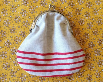 Clasp purse (gathered) - red stripe