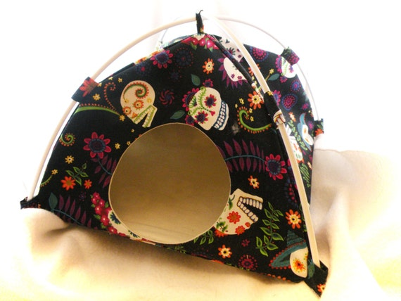 Sugar Skulls Large Tent Sleep Sack Bed for Hedgehogs Rats Guinea Pigs Ferrets