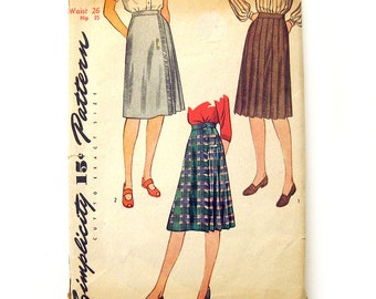 1940s Vintage Sewing Pattern Misses' Pleated Skirts Wrap Skirt Kilt / Simplicity 1431 / Waist 26