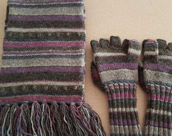 Vintage eight-foot wool scarf and convertible mittens