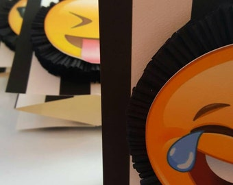 4 Amazing Emoji Centerpieces