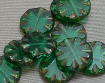 Carved Coins Emerald with Picasso 18mm (2)