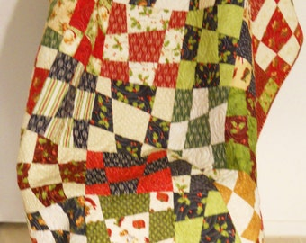 Christmas Quilt / Wonky Christmas Quilt / Holiday Quilt / Christmas Blanket / Chirtsmas Decor