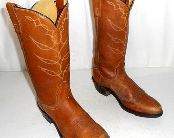 Distressed Tan Womens Cowboy Boots Acme brand size 9 A Narrow Cowgirl western