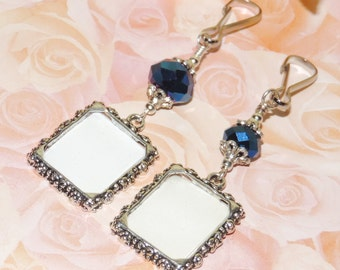 Wedding charm. Something blue. Wedding keepsake. Bridal bouquet charm with small picture frame.Wedding bouquet charm. A gift for the bride.