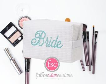Bride makeup bag , bridesmaid make-up bags, monogrammed bag, wedding bag , bridesmaid gifts , personalized bridesmaid gifts