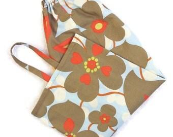 Amy Butler gray blue floral plastic bag holder, grocery bag dispenser, kitchen, storage, home decor gift, plastic bag organizer, camper, VR
