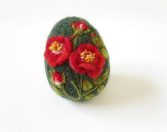 Felted Easter Egg,Easter Egg,Needle felted egg,Spring Ornament,Miniature Original Art,Egg with floral ornament,Ready to ship