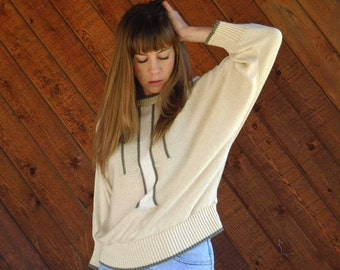 extra 30% off SALE ... Slouchy Geo Batwing Sweater in Cream and Grey - Vintage 80s - M L