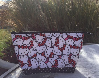 Hello Kitty Lined Zipper Pouch