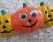 vintage 1980s vintage barrette,   vintage 1980s , 3 smile pumpkins, Jack o lanterns, google eyes, Vintage halloween