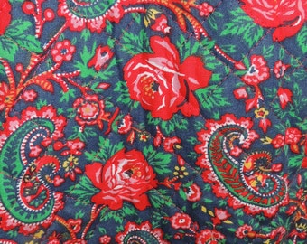 LANZ Maxi Jumper Roses and Paisy quilted fabric Size S
