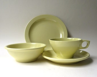 Mid Century vintage Pale Yellow Boontonware Melmac Coffee Cup, Saucer, Dessert Plate and Fruit Bowl / 4 Piece Set