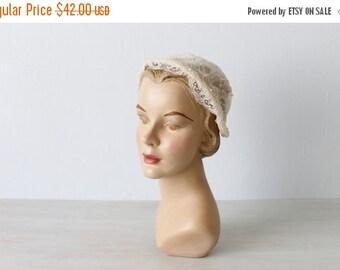 SALE Vintage 1940s Wedding Veil Juliet Cap Headpiece / 40s Wedding Veil / Lace Satin Pearls