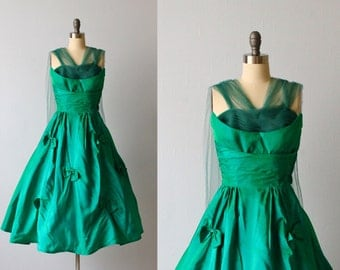Vintage 1950s Dress / 50s Prom Dress / Party Dress / Formal Dress / Emerald Green