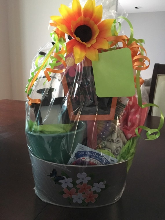 Mothers day gift basket garden themed tools by for Gardening tools gift basket