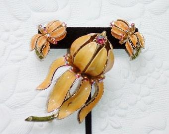 Vintage LISNER Flower Brooch and Earring Set, Peach Apricot Enamel, AB Pink Rhinestones, Clip On Earrings
