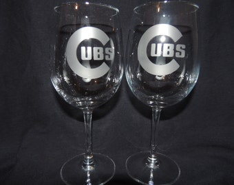 Set Of 2 Chicago Cubs MLB Wine Glasses