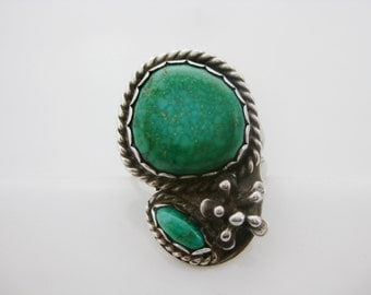 Size 6 Vintage Two Stone Green Turquoise Sterling Silver Flower Ring