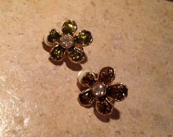 Goldtone Enamel Green Flower Earrings