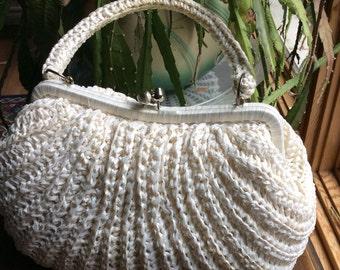 Vintage 1970 straw white  raffia purse