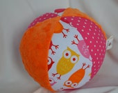 "Owls fabric Jingle Ball Baby Toy LARGE 7"" Urban Zoologie Pink Owls"