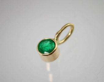 Emerald Drop Pendant in 14k Yellow Gold (pendant only)