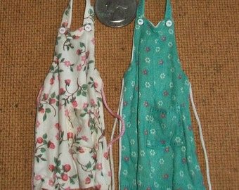 Pair of Kitchen Aprons  1:12 scale