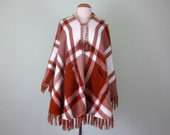 70s rust & cream plaid fuzzy soft poncho cape shawl fringe pockets (one size fits most)