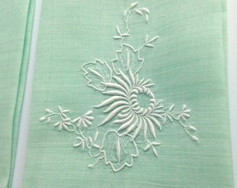Green Linen Towel White Embroidery Vintage
