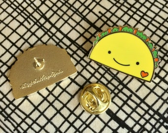 Taco Lover Pin - Lapel Pin - Cloisonné Enamel Pin - Shiny Gold Metal - Gift for Taco Lover - Kawaii Flair Pin - EP2070