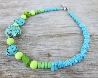 Turquoise Apple Green Lime Peridot Chunky  Beaded Necklace